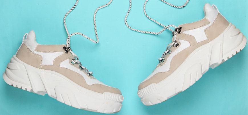 Zapatillas con plataforma, la tendencia sneakers que llega para quedarse